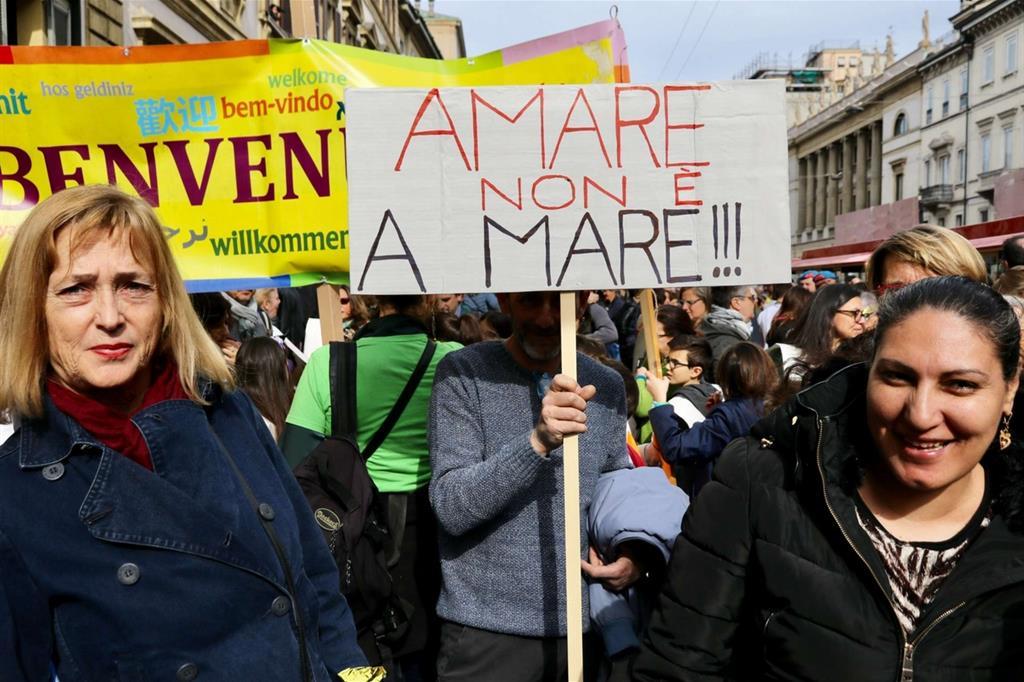 People, Milano in marcia contro il razzismo