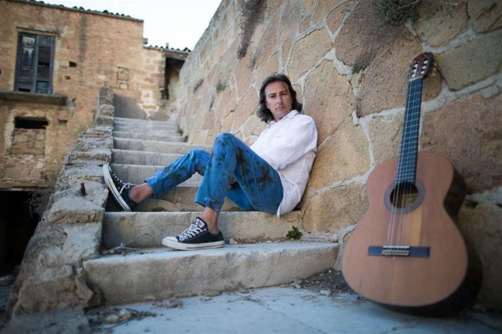 Il cantautore palermitano Pippo Pollina è una star in Germania: il nuovo album in trio con Werner Schmidbauer e Martin Kalberer