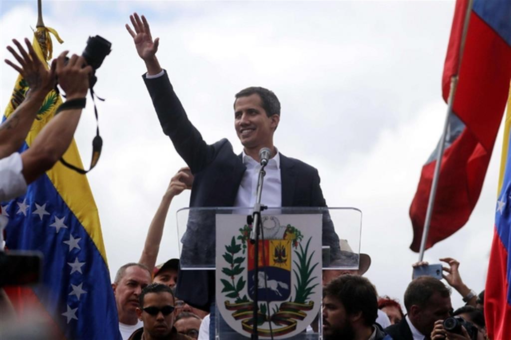 Juan Gauido si è autoproclamato presidente pro tempore del Venezuela (Ansa)