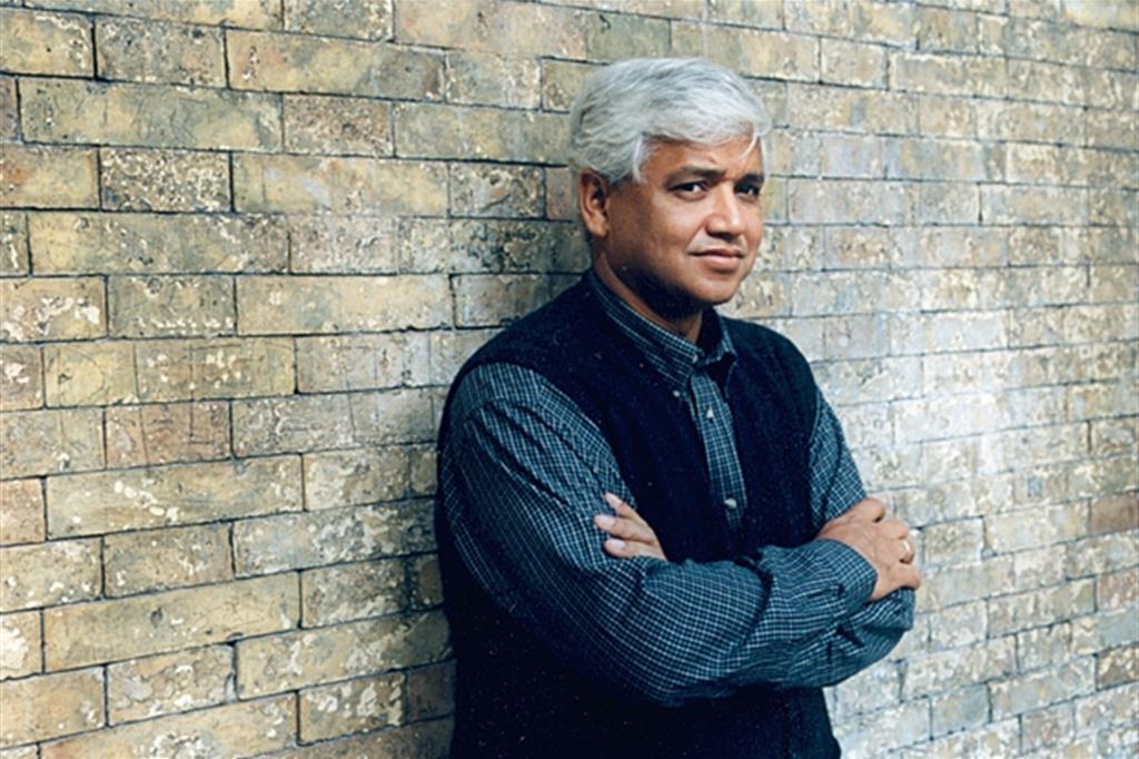 Amitav Ghosh: «Viviamo nel mondo delle crisi multiple»