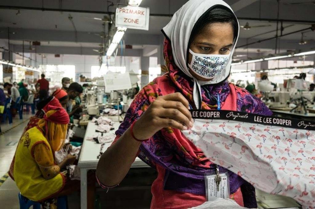 Bangladesh, industria di abbigliamento (Clean Clothes Campaign, Kristof Vadino)