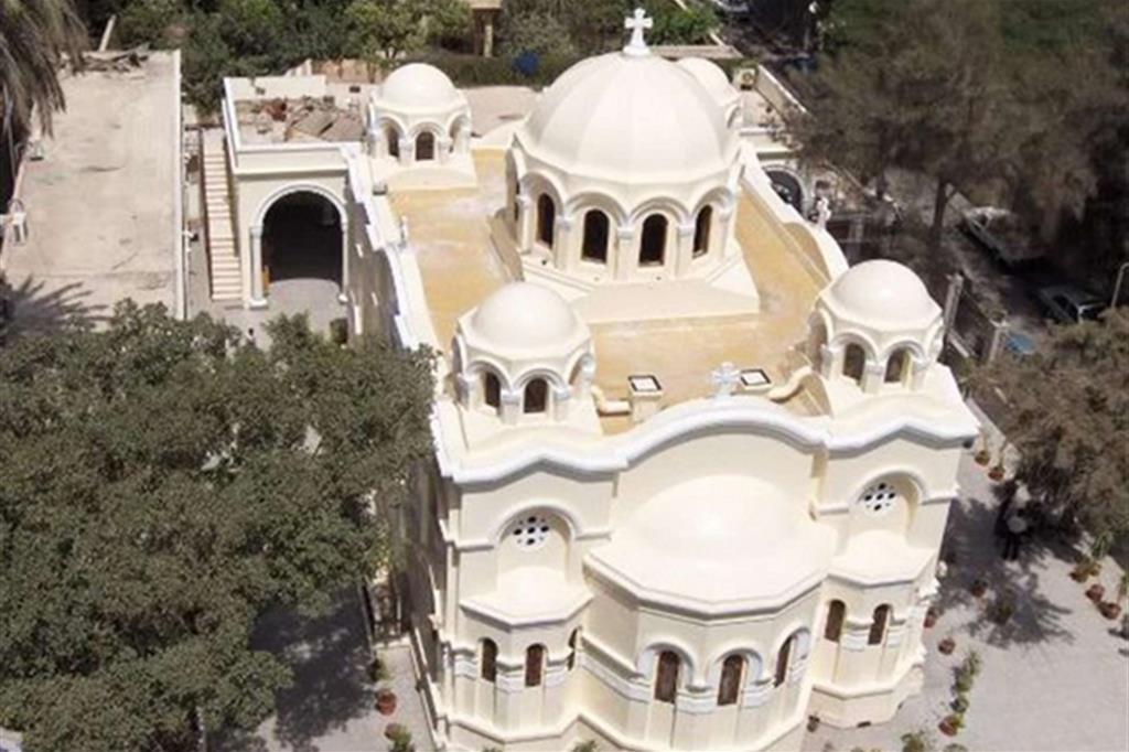 Vista aerea della chiesa di San Marco a Zeitoun (sobborghi del Cairo)