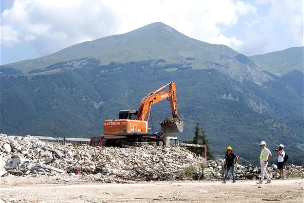 Terremoto E Ricostruzione In Arrivo Il Decreto Legge Ma Dove