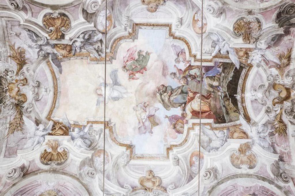 Un particolare della volta della chiesa del Santo Sudario a Torino