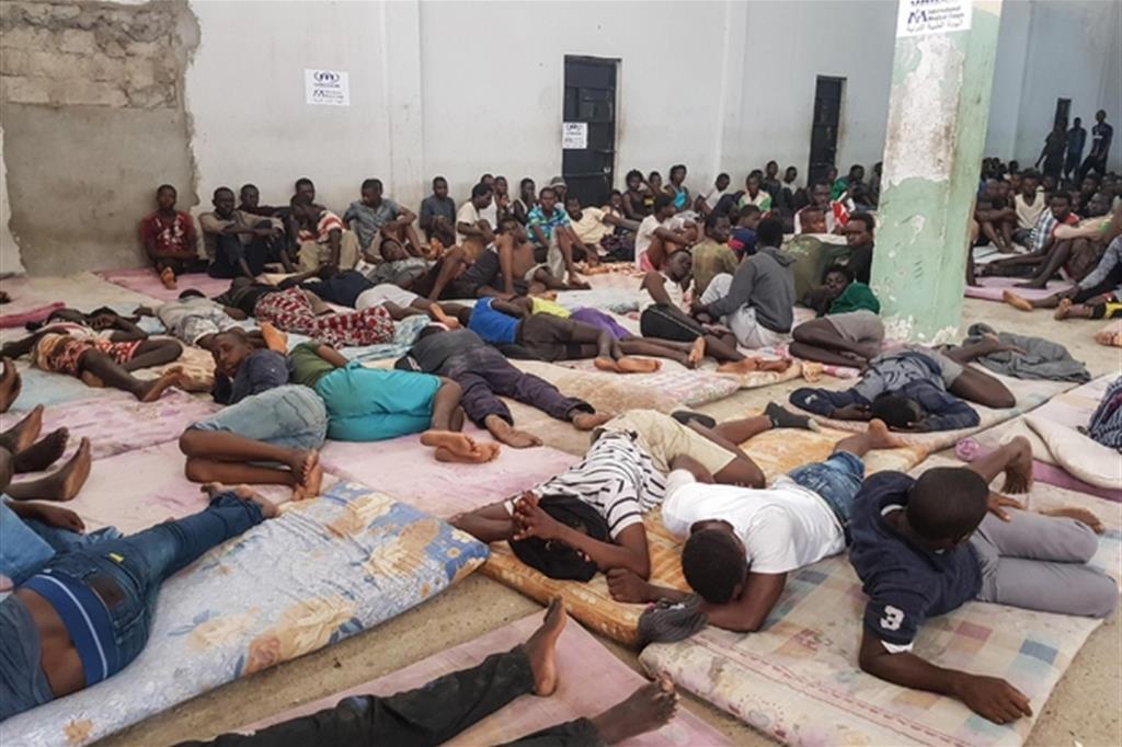 Un centro di detenzione in Libia (Ansa)