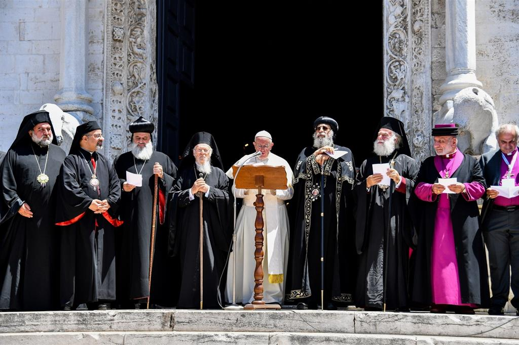 Il Papa a Bari nel luglio 2018 con i capi delle Chiese del Medio Oriente
