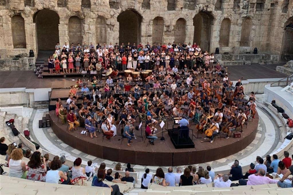 Il concerto all'Odeon di Erode Attico ad Atene per Ravenna Festival (Silvia Lelli)