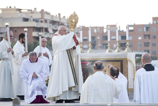 La solennità. Per la festa del Corpus Domini Casal Bertone attende ...