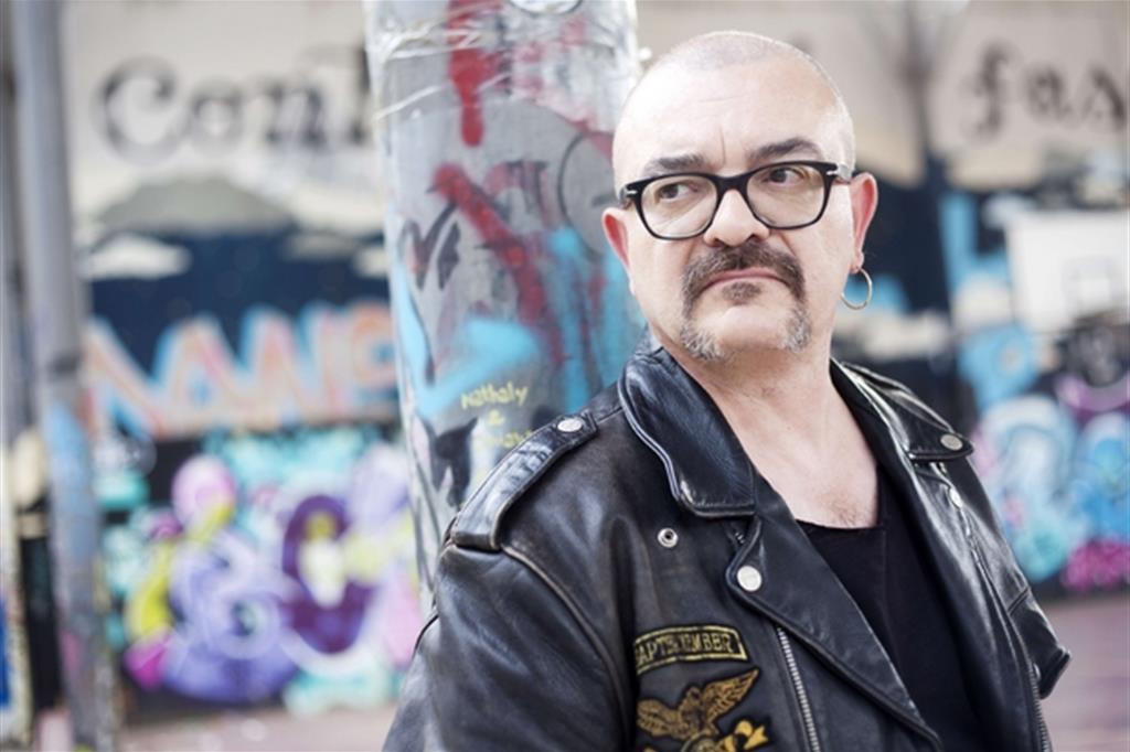 L'ex cantante dei Nomadi Danilo Sacco al suo quarto album da solista / Mirta Lispi