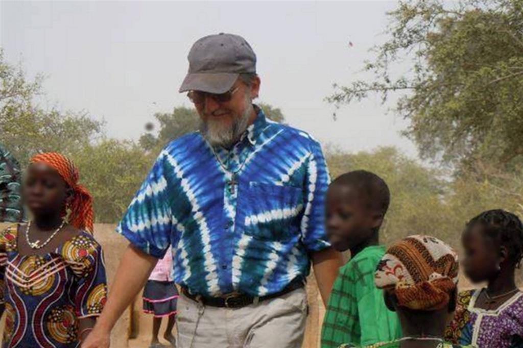 Padre Pierluigi Maccalli è stato rapito il 17 settembre 2018 nella zona di Niamey