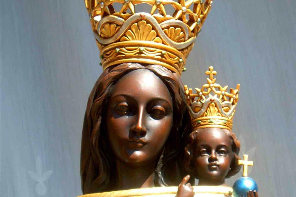 Statua della Madonna conservata nel Santuario di Loreto