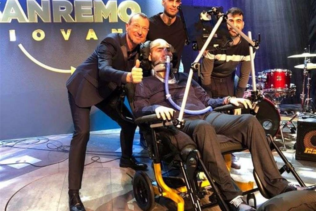 Dalla Sla a Sanremo: con il suo rap Paolo Palumbo «vola» al Festival