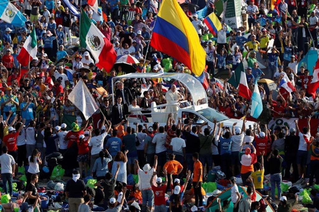 Il Papa ai giovani  siete l adesso di Dio. La preghiera per il Venezuela e991bfff469b