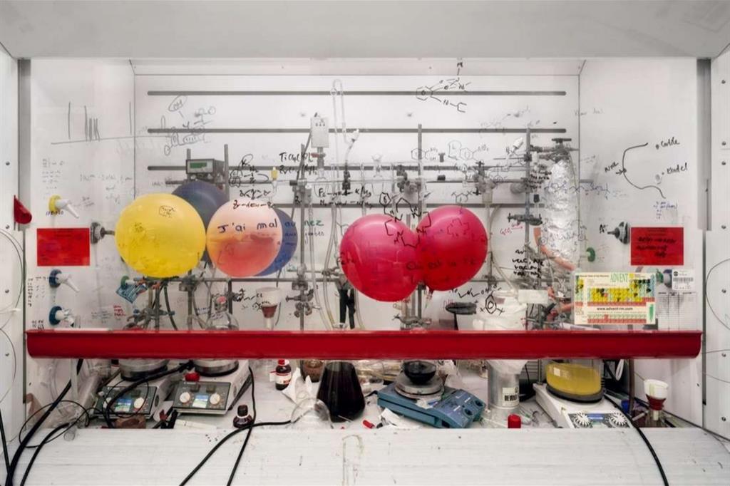 "Thomas Struth, ""Chemistry Fume Cabinet, the University of Edinburgh"" (2010)"