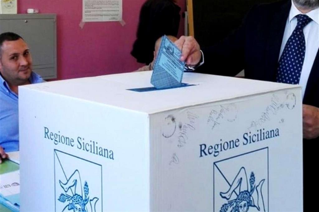 Comunali in Sicilia: i ballottaggi premiano i 5 Stelle