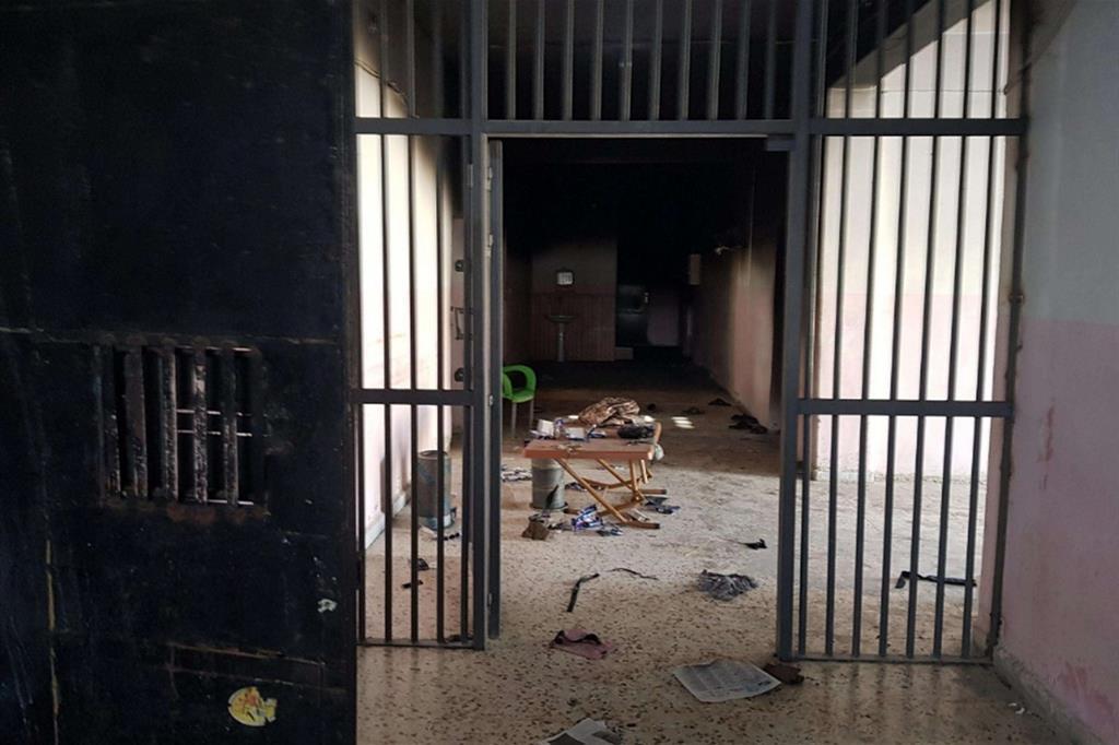 Intanto le carceri nelle zone di guerra si sono svuotate, anche quelle dei terroristi del Daesh (Isis) come questa -