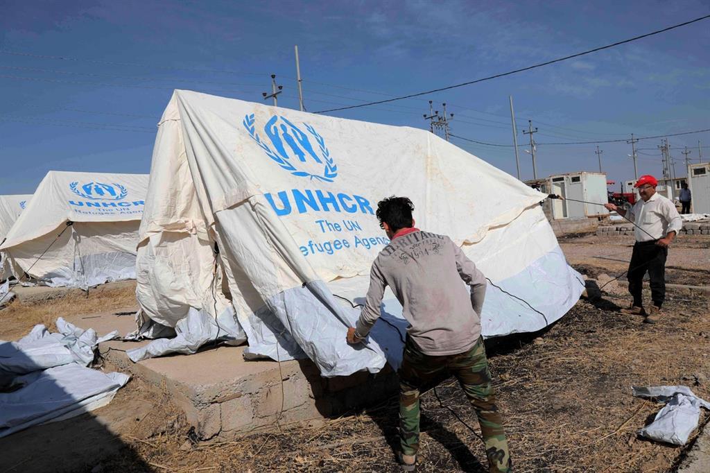 Per chi fugge si prospetta un campo profughi. Ma dopo 8 anni di guerra in Siria anche la speranza è al collasso -