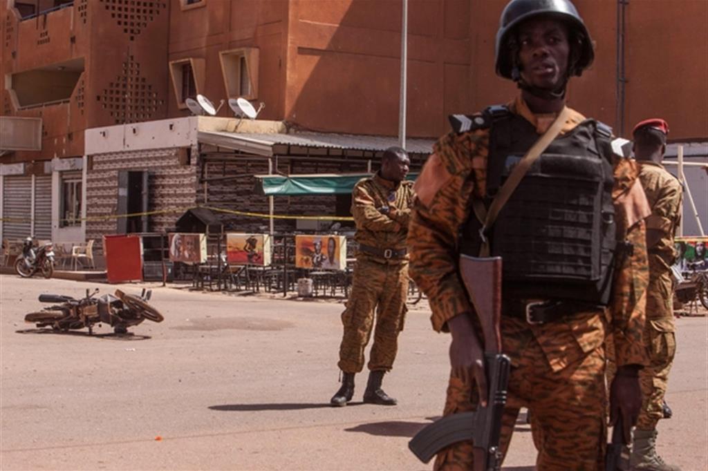 Soldati in Burkina Faso (Ansa)
