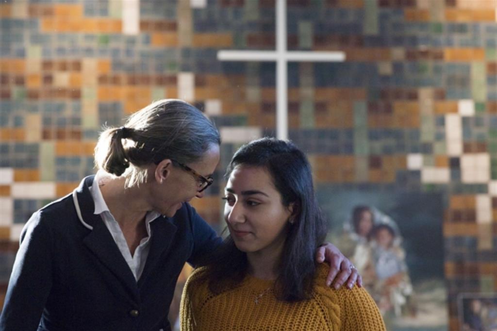 Hayarpi, a destra, 21 anni è la maggiore dei tre figli dei coniugi Tamrazyan. Armeni da 9 anni in Olanda