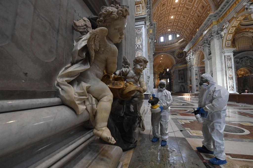 Dettaglio delle sculture sanificate - Vatican media