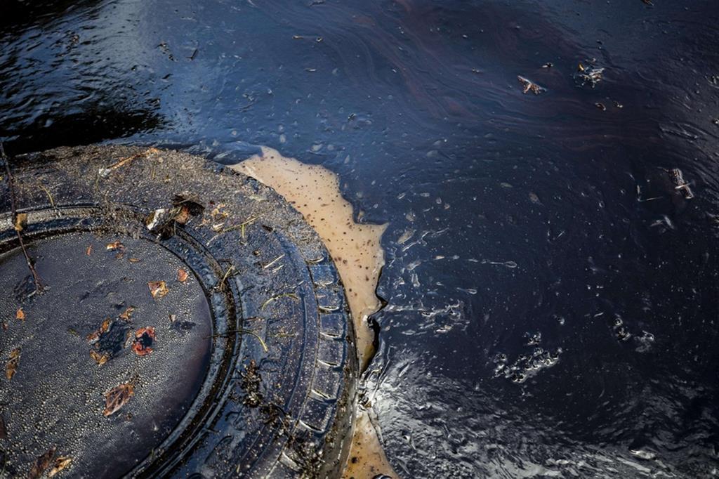 Mille tonnellate di carburante nelle acque delle Mauritius