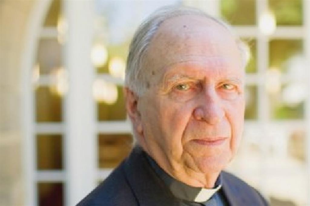 Nato a Lione nel 1929 monsignor Teissier ha guidato le Chiese algerine di Orano e di Algeri