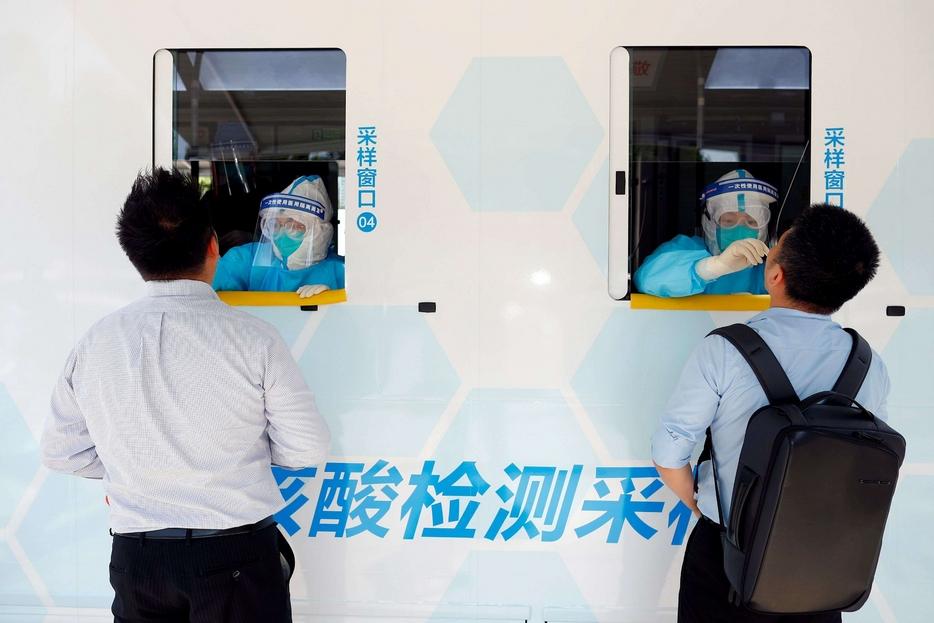 Coronavirus. «Se il contagio è iniziato a settembre c'è un buco nero nei dati cinesi»