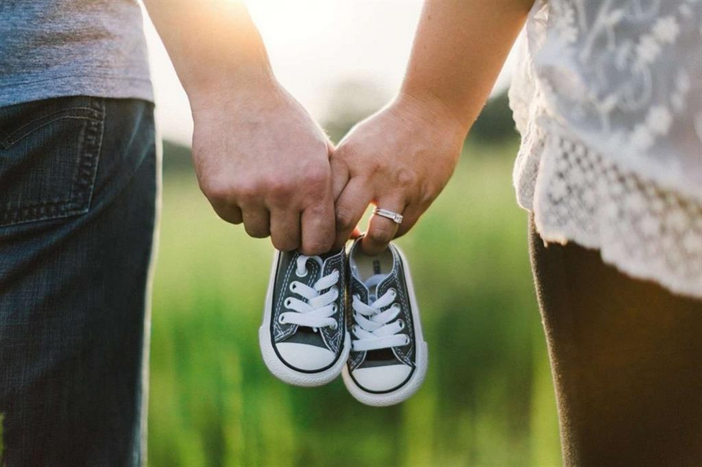 La famiglia è in difficoltà, troppo spesso ignorata dalla politica. E la crisi della natalità è una delle conseguenze più pericolose per il nostro Paese