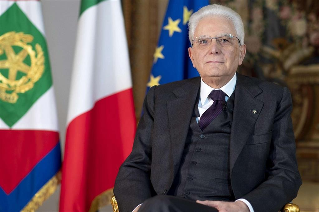 Mattarella: finalmente si riparte, ma serve ancora prudenza