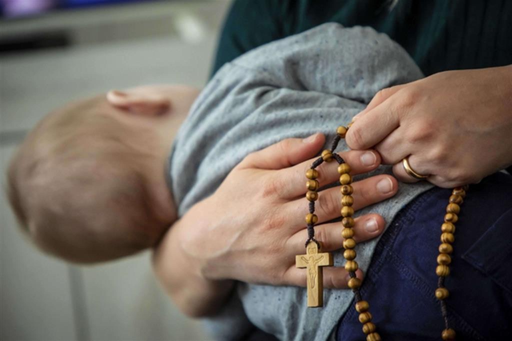 Il rosario pregato in famiglia