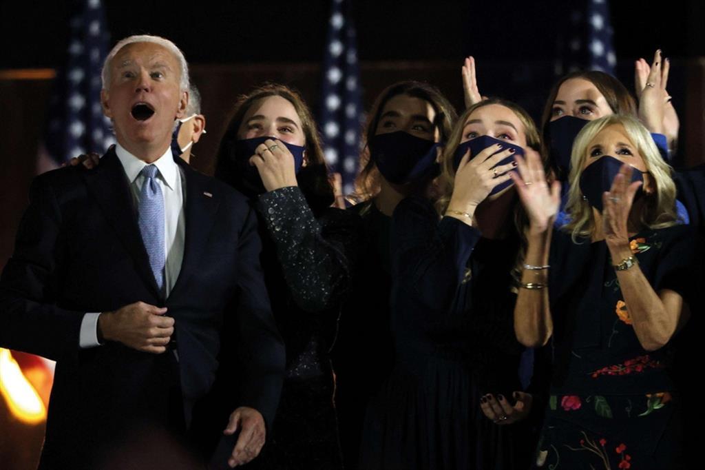 Corsa alla Casa Bianca col coroanvirus: vince Joe Biden - Ansa - Libro photoANSA 2020