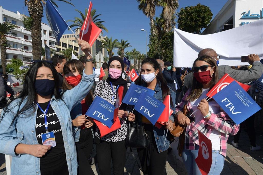 Proteste in Tunisia contro la disoccupazione