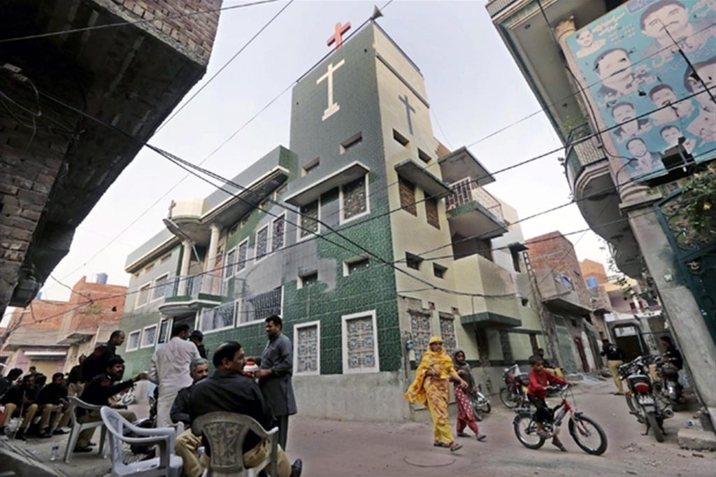 Una chiesa cristiana a Lahore, Pakistan. Per i cristiani è difficile vedere rispettati i diritti di cittadini