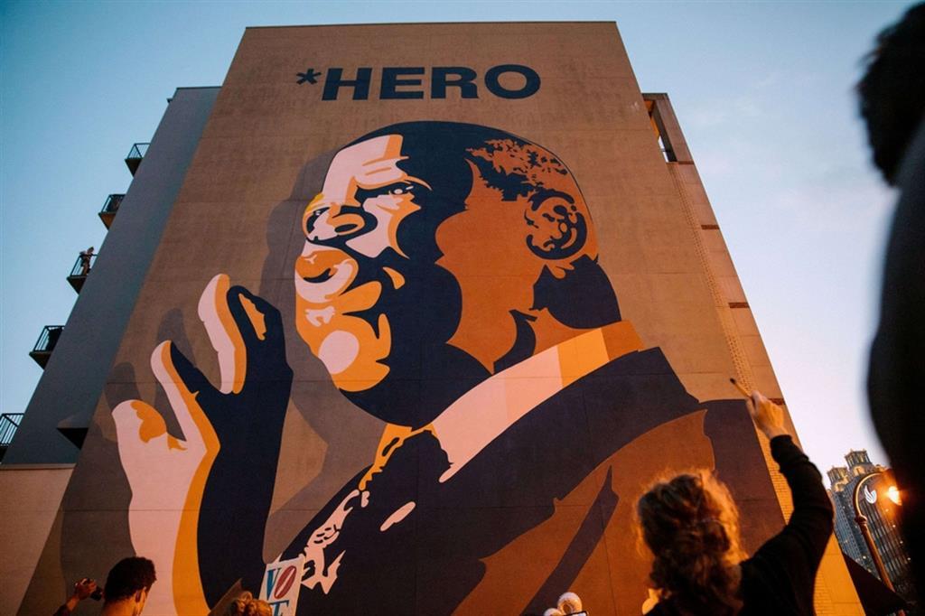 Ad Atlanta le commemorazioni in onore di John Lewis, icona dei diritti civili e protagonista delle lotte degli afroamericani, morto a 80 anni per un cancro. - Reuters