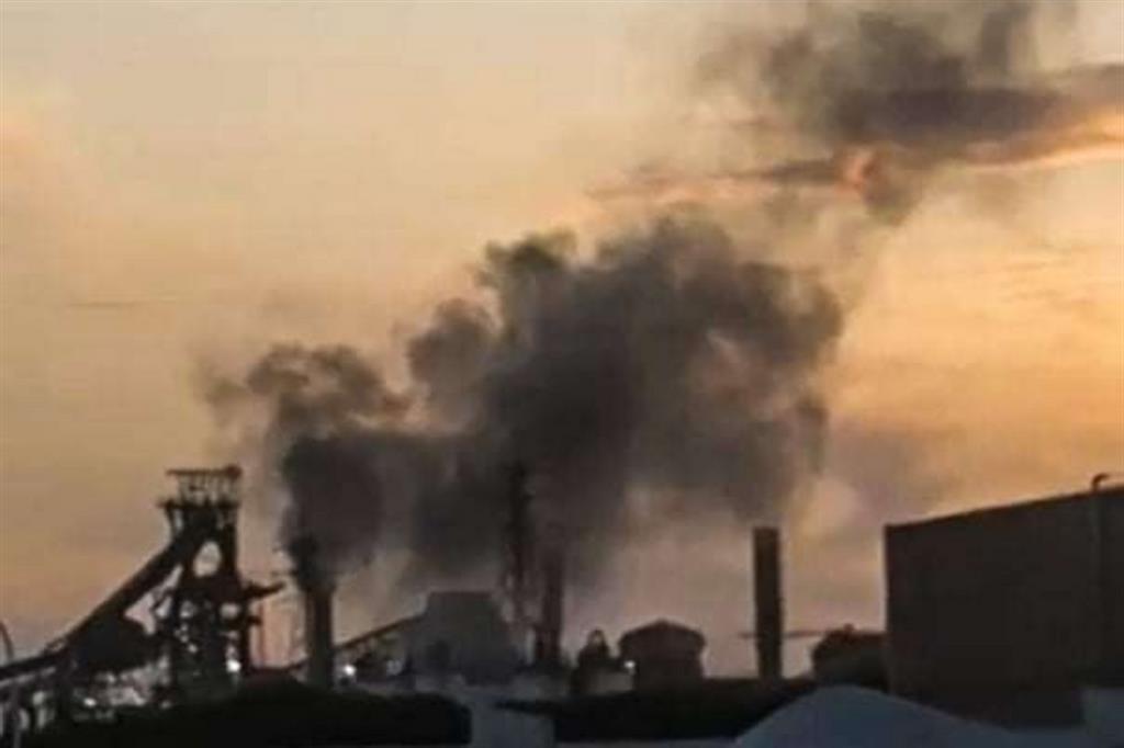 I genitori di Taranto: stop morti. E raccontano l'inquinamento in 60 foto