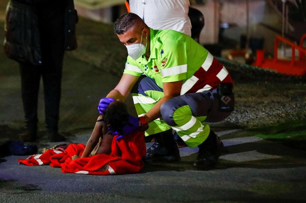 Manovre di rianimazione sulla bambina di 5 anni, poi ricoverata in terapia intensiva - Reuters