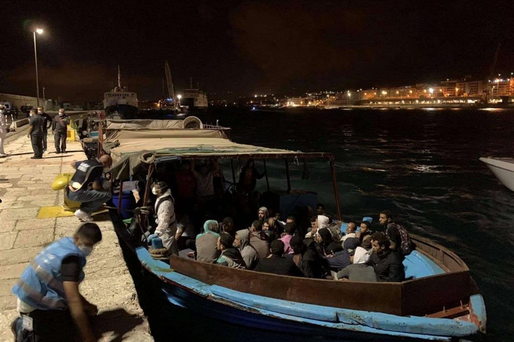 Uno degli ultimi sbarchi avvenuti a Roccella Jonica, in Calabria