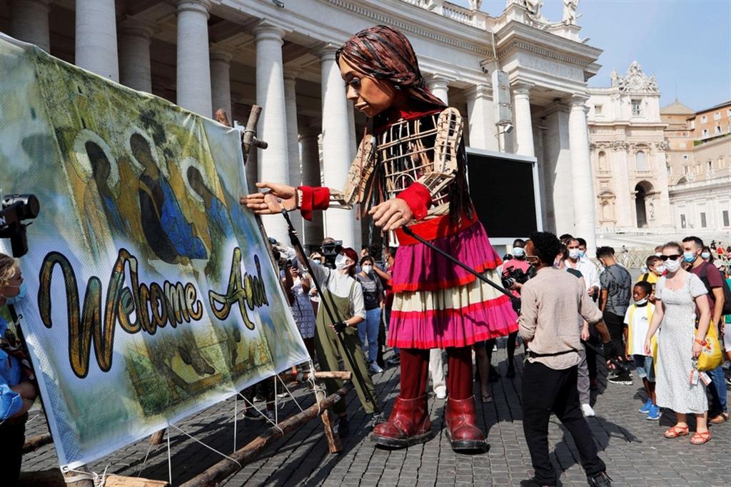 La diocesi di Roma, supportata dalla Sezione Migranti e Rifugiati del Dicastero per il Servizio dello Sviluppo Umano Integrale, ha accolto l'invito degli organizzatori del Festival The Walk - progetto ideato per sensibilizzare circa la realtà dei rifugiati, in particolare dei minori - a preparare la tappa romana di Amal. - Reuters