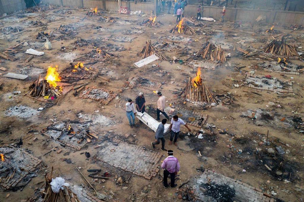 Covid-19, la tragedia indiana. I vescovi: l'ossigeno è un diritto umano