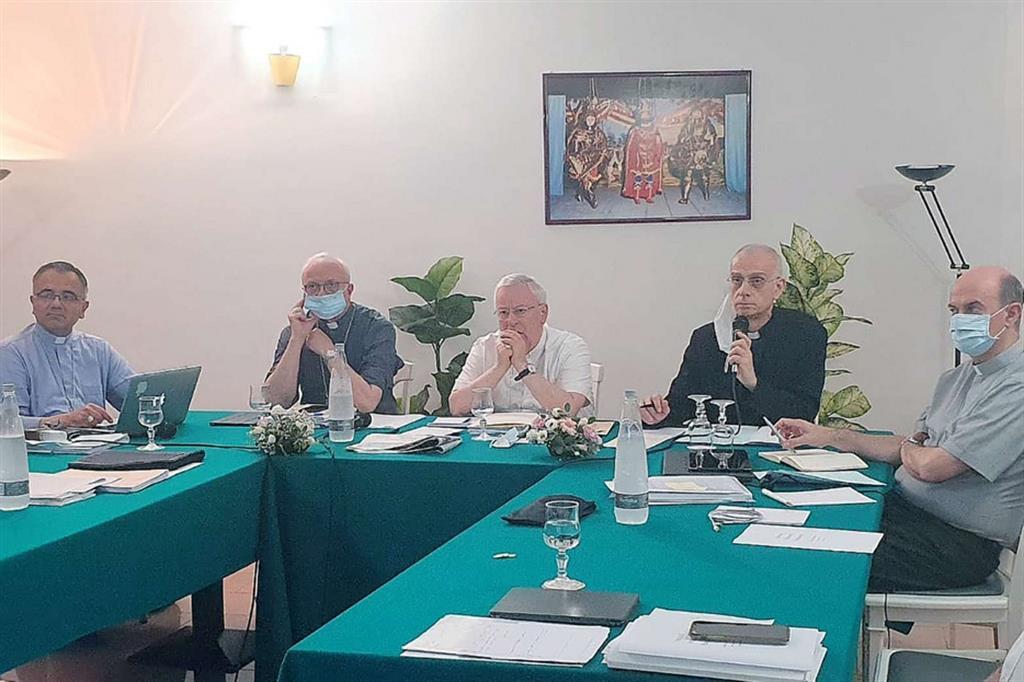 I vescovi italiani: ascolto, ricerca e proposta