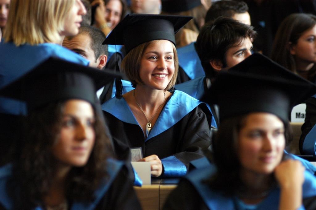 Cerimonia di consegna delle lauree brevi in Bocconi