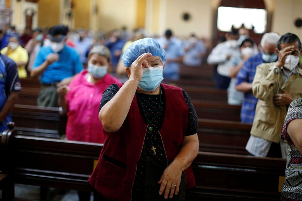 La Cattedrale di San Salvador, El Salvador - Reuters