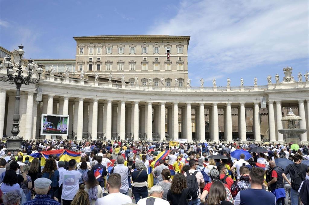 Il Papa prega per la pace in Libano, il 1 luglio incontro in Vaticano
