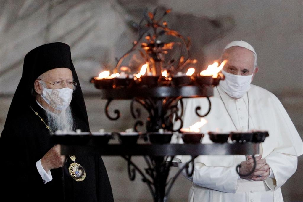 Papa Francesco e il patriarca Bartolomeo nel 2020 a Roma